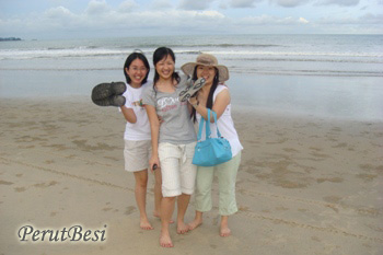 ruthWenJoHavingFunAtCherating
